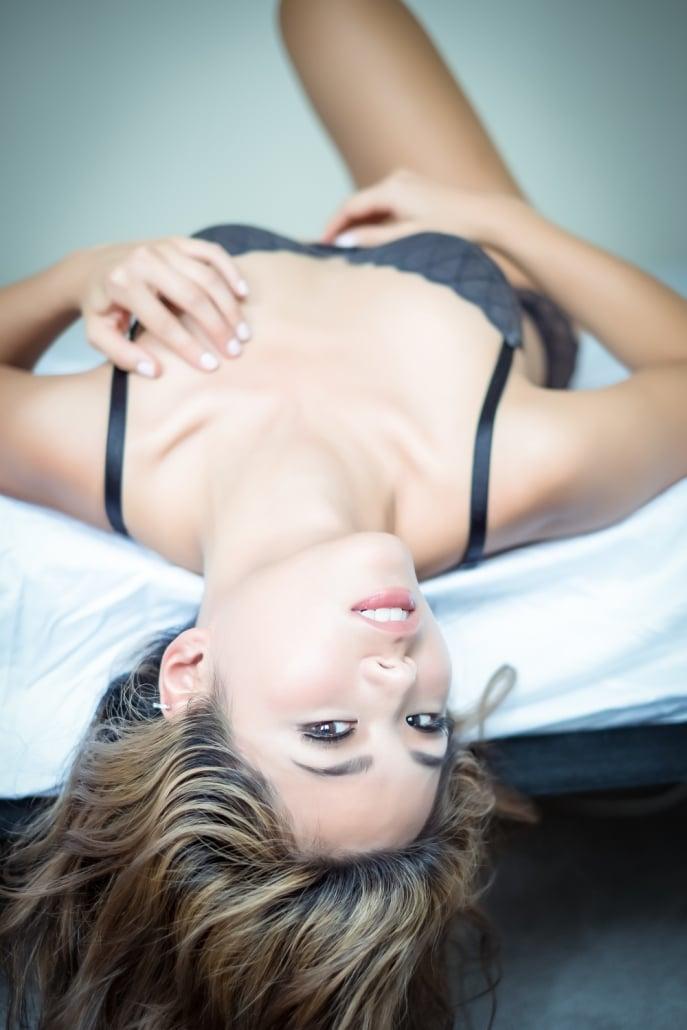 Erotic Boudoir Photographer Sydney Hanoi