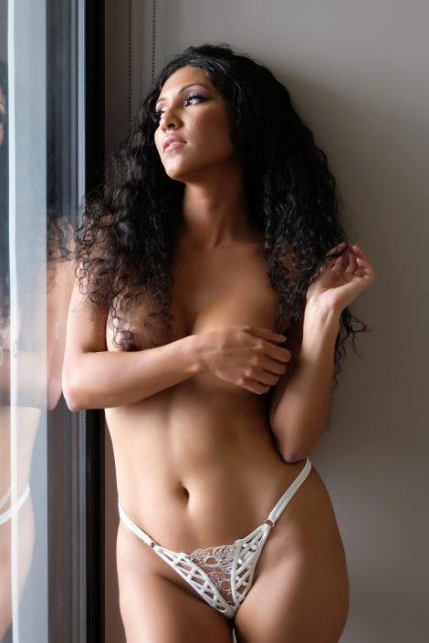topless boudoir shot