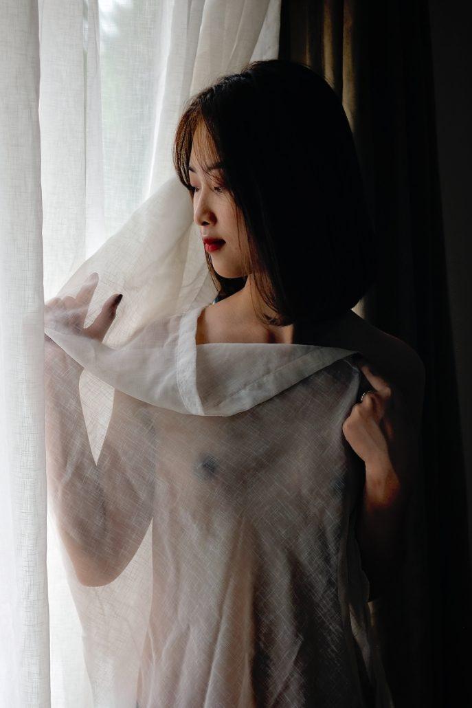 boudoir photo shoot in Hanoi